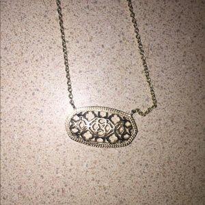 Kendra Scott Jewelry - EUC Kendra Scott gold filigree necklace